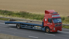 MP03 ENV (panmanstan) Tags: truck wagon volvo motorway yorkshire transport lorry commercial vehicle fm freight sandholme m62 hgv lowloader