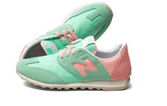 NB CCSS Womens New Balance Green Pink Sneakers (RobertThrashy) Tags: new pink green womens nb sneakers balance runningshoes womensshoes retrostyle ccss fashionsneakers newbalancecc