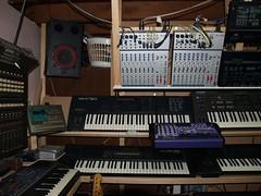 LP158664 (LoxPix2) Tags: boss music studio guitar fender synth roland korg yamaha emu gibson akai novation alesis kawai maudio behringer kurzweil teisco ensoniq tapco rogerlinn loxpix