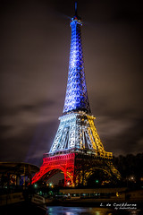 la Tour Eiffel (bobostudio) Tags: november mars paris france tower monument de rouge evening europe ledefrance tour capital jardin eiffel du illuminated bleu toureiffel soir nuit blanc tricolour idf champ projections trocadro tricolore 2015 parisien attentats paris16earrondissement fusillades