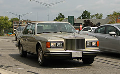Rolls Royce Silver Spirit (SPV Automotive) Tags: classic car sedan silver gold beige spirit exotic rolls luxury royce