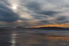 Salinas en diciembre (Troylo@stur) Tags: salinas playa beach diciembre december atardecer sol mar arena asturias sunset