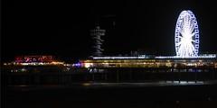 De Pier I (m_artijn) Tags: pier scheveningen fireworks nl beach ferris wheel dark night bungy jump