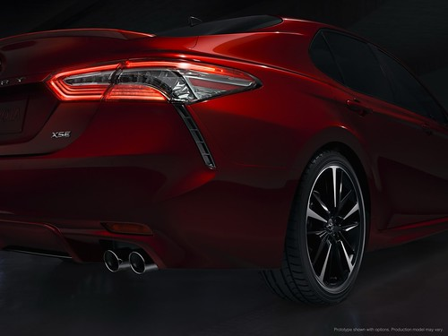 2018-toyota-camry-unveiled-in-detroit-looks-sporty_13