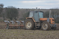 Renault 120.54 Tractor with a Kverneland 4 Furrow Plough (Shane Casey CK25) Tags: renault 12054 tractor kverneland 4 furrow plough kinsale orange claas ploughing turn sod turnsod turningsod turning sow sowing set setting tillage till tilling plant planting crop crops cereal cereals county cork ireland irish farm farmer farming agri agriculture contractor field ground soil dirt earth dust work working horse power horsepower hp pull pulling machine machinery nikon d7100 traktor tracteur traktori trekker trator ciągnik