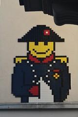 Invader_5620 rue Bonaparte Paris 06 (meuh1246) Tags: streetart paris spaceinvaders chapeau invader mosaïque ruebonaparte paris06 napoléonbonaparte