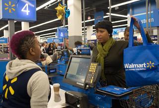 MMB@WalmartGrandOpening.10.28.15.Khalid.Naji-Allah-3684