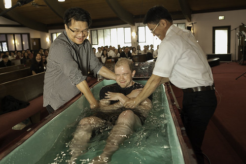 """Thanksgiving_Baptism_2015-7 • <a style=""""font-size:0.8em;"""" href=""""http://www.flickr.com/photos/23007797@N00/22866581599/"""" target=""""_blank"""">View on Flickr</a>"""