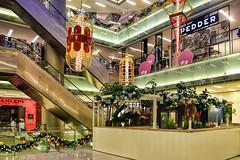 Scotts Square (chooyutshing) Tags: decorations singapore display atrium attractions scottsroad lightedup scottssquare christmasfestival2015