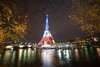 Paris bleu blanc rouge (fabriciodo) Tags: paris tower rouge torre tour eiffel bleu toureiffel eiffelturm blanc parijs parís parigi 艾菲爾鐵塔 kulesi eiffeltoren parys エッフェル塔 탑 eiffeltårnet wieża eyfel pariis 巴黎鐵塔 eiffla parizo 埃菲爾鐵塔 에펠 eiffelturo parîs