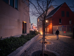 (Attracted By Light) L'irrsistible attirance de la lumire... (Gilderic Photography) Tags: christmas street city light man wheel silhouette night lumix belgium belgique belgie market panasonic liege nuit ville gilderic lx3 dmclx3