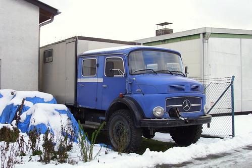 ex THW Mercedes-Benz L 1113 mit Mannschaftskabine und Kofferaufbau