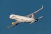 Vueling A320-232 EC-LVV (José M. Deza) Tags: 20170107 a320232 airbus bcn eclvv elprat lebl planespotting spotter vueling aircraft