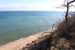 Cliff View of the Ocean (robincagey) Tags: cape cod massachusetts new england winter january cold ocean cliff beach