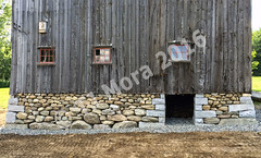 Mora_Barn-Foundation-photo