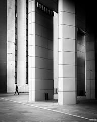 Rectangles (Julien Rode) Tags: city contraste ladéfense nb paris personnage portfolio rue street urban ville