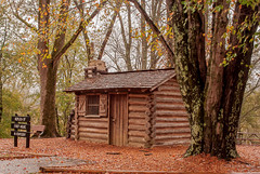 Old Kentucky Home (Back Road Photography (Kevin W. Jerrell)) Tags: historic history knoxcounty kentucky nikond60 backroadphotography autumn autumncolors drthomaswalkerstatepark