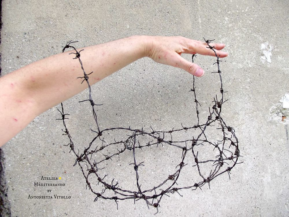Lovely Razor Wire Bra Photos - Electrical and Wiring Diagram Ideas ...