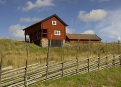 The Eriksson Farm House (Steffe) Tags: fence sweden haninge tyresta grdesgrd erikssongrden
