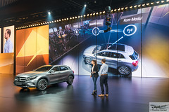Mercedes-Benz presentation of latest technology (885533) (Thomas Becker) Tags: mercedesbenz mercedes benz daimler presentation prsentation vorfhrung festhalle technology technologie publikum gla iaa2015 iaa 2015 66 internationale automobilausstellung ausstellung motor show mobilitt verbindet frankfurt hessen deutschland germany messe fair exhibition automobil automobile car voiture bil auto fahrzeug vehicle  c copyright thomas becker aviationphoto nikon d800 fx nikkor 2470 f28 geotagged geo:lat=50112013 geo:lon=8643569 worldcars