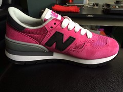 NB M990RBG Women New Balance 990 30 Anniversary 3M Reflect Rose Red Sneaker (RobertThrashy) Tags: new red rose 30 women anniversary nb reflect sneaker balance 3m runningshoes womensshoes 990 retrostyle fashionsneakers newbalance990 m990rbg