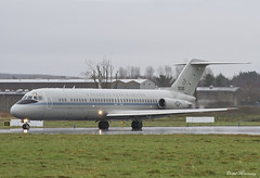 United States Marine Corps C-9B Skytrain II 161530 (birrlad) Tags: ireland rain weather airplane airport marine taxi aircraft aviation united airplanes shannon ii corps states douglas skytrain departure takeoff runway departing c9 mcdonnell taxiway snn c9b 161530 lobo01
