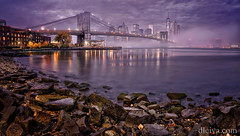 Manhattan bajo la niebla (dleiva) Tags: park new york city bridge urban usa man reflection horizontal fog skyline brooklyn night outdoors photography cityscape place suspension manhattan district famous landmark structure made international colored financial domingo multi leiva 2015 dleiva