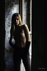 Beauty in Decay (Cetti Lipari) Tags: nude nudeart nudephotography nikon nikonclubit woman jeremygibbs massimovecchi decay decadence sicily sicilia beauty workshop masterclass beautyindecay model inspiration cinematic cinema cromatico romanywg abandoned sensual