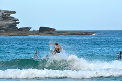 Bondi surf (jeremyhughes) Tags: outdoor sport surf surfing surfer surfboard bondi beach bondibeach nsw sea ocean seaside water man action nikon d750 nikkor wave waves 300mm afsnikkor300mmf4difed telephoto sports sunshine
