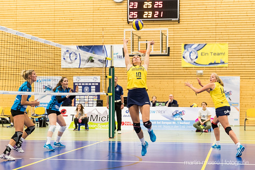 "3. Heimspiel vs. Volleyball-Team Hamburg • <a style=""font-size:0.8em;"" href=""http://www.flickr.com/photos/88608964@N07/31974678734/"" target=""_blank"">View on Flickr</a>"
