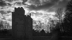 Kirby Muxloe Castle (Brian Negus) Tags: blindphotographers ruined ruin medieval leicestershire architectural englishheritage kirbymuxloecastle silhouette monochrome cloud mansion sky brickbuilt winter blackandwhite tower dramatic fortified