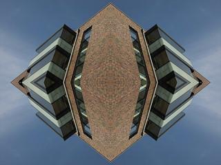 Pyramid nuveau