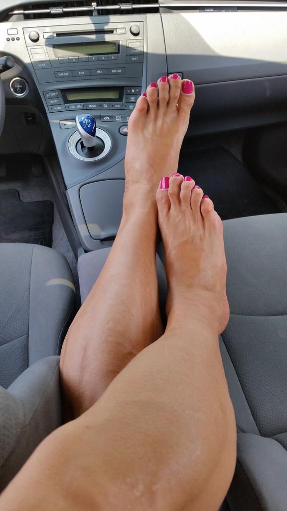 foot-painted-sexy-toe-full-nangi-pic-english-girls