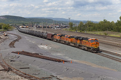 082915_Selkirk_NY_K140 (glennfresch) Tags: new york railroad ny up train river pacific union line ge bnsf selkirk ravena csx