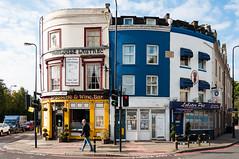 _DSC2595.jpg (matipl) Tags: street uk england man building london unitedkingdom sidewalk oldhouse gb crossroads