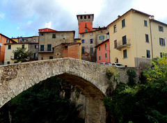 Loro Ciuffenna - 4 (anto_gal) Tags: panorama ponte toscana arezzo pratomagno valdarno paese 2015 lorociuffenna