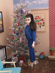 Alessandra (Wandy in Pensacola) Tags: christmas doll barbie pop boneca puppe midcentury bambola docka poupee muneca silkstone blushbeauty dolldiorama barbiediorama