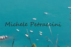 DSC_7545 copia (Michele d'Ancona) Tags: 2 italy nature relax flora italia mare natura barche an persone provincia marche nuoto motori ancona scogli divertimento motoscafi sirolo sorelle bagni vele velieri bagnanti natanti scafi