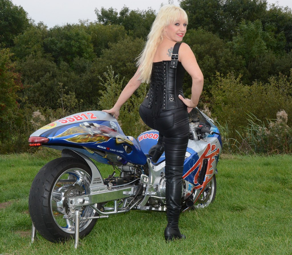 Mature motorcycle babe dirty