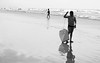 (MatMendofoto) Tags: nikon nikond40 beach summer monochrome pretoebranco bnw blackandwhite bnwworld spicollective waves nature verao