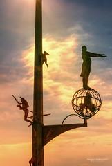 Die Magische Säule von Peter Lenk.jpg (Knipser31405) Tags: meersburg 2016 herbst diemagischesäulevonpeterlenk bodensee