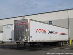Old US Xpress/Victory Express trailer (Michael Cereghino (Avsfan118)) Tags: us xpress express enterprises victory u s 48 semi trailer dryvan trucking dorsey