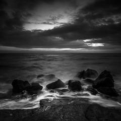 Rocks (Mathieu Calvet) Tags: pentax k3 nb noiretblanc blackandwhite carré square paysage landscape rochers mer sea méditéranée hérault capdagde languedocroussillon