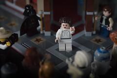 Despidiendo a Leia (Monica Fiuza) Tags: lego macro starwars laguerradelasgalaxias leia princesaleia