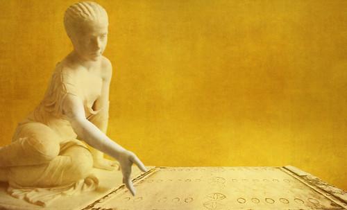 "Petteia - Ludus Latrunculorum  / Iconografía de las civilizaciones helenolatinas • <a style=""font-size:0.8em;"" href=""http://www.flickr.com/photos/30735181@N00/32399878081/"" target=""_blank"">View on Flickr</a>"