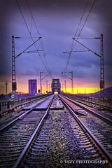 SUNSET RAILWAY (vszy) Tags: sunset sonnenuntergang railway traffictrails trainbridge vszy