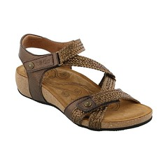 "Taos Trulie sandal bronze • <a style=""font-size:0.8em;"" href=""http://www.flickr.com/photos/65413117@N03/33446231715/"" target=""_blank"">View on Flickr</a>"