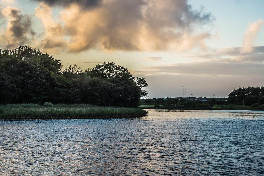 SALMON WEIR AREA GALWAY [RIVER CORRIB] REF--107586