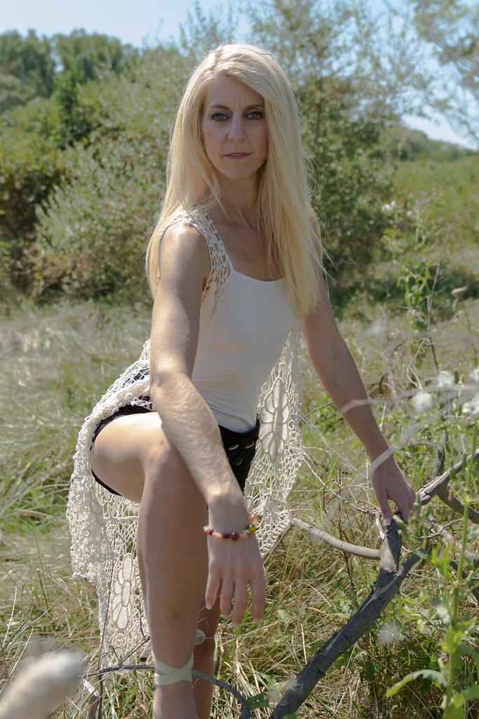 Models outdoor dildo photo 70