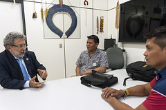 Secretrio Antnio Alves Recebe Lideranas Xavante e Yanomami (Secretaria Especial de Sade Indgena (Sesai)) Tags: braslia indgenas beto maurcio outubro 2015 ndios secretrio yanomami antnioalves
